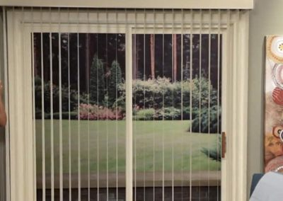 CHAIN AND CORD WINDOW BLINDS
